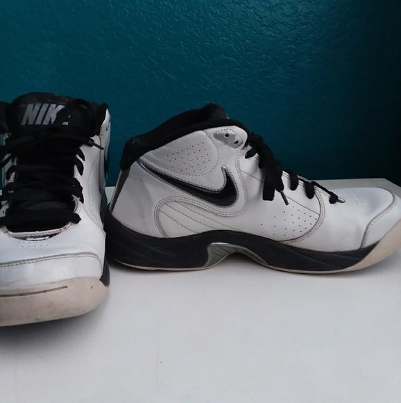 Mandíbula de la muerte Relámpago Teoría básica  Nike Shoes | Nike The Overplay V Shoes | Poshmark